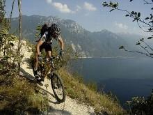 in gita in mountain bike