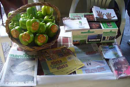 Mani tese in campo per il diritto al cibo