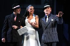 """Il musical """"Poveri ma belli"""" arriva a teatro"""