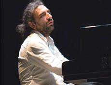 Stefano Bollani Trio in concerto al Teatro Verme