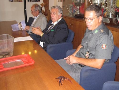 la conferenza stampa a Varese coi gamberi della louisiana