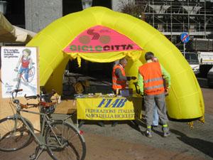 Fiab - Ciclocittà in Piazza Monte Grappa