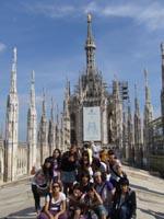 I ragazzi della kanto high school in visita al Duomo di Milano