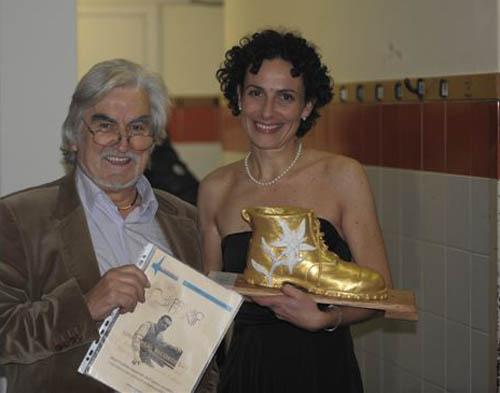 Consuelo vince il premio Donida