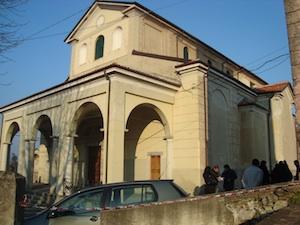 mike bongiorno messa nella chiesa del cimitero dove hanno rubato la salma