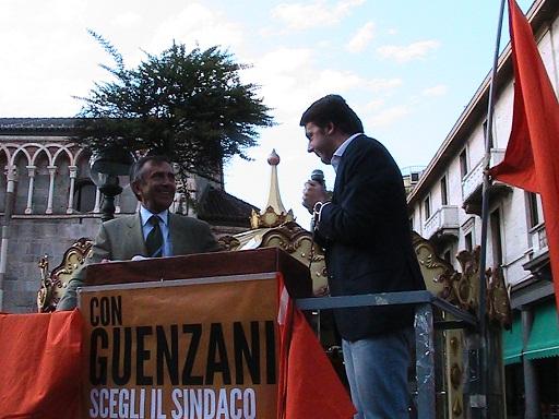 matteo renzi a gallarate per chiusura campagna elettorale guenzani