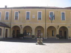 Il palazzo comunale di Comerio