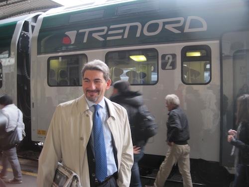 Raffaele Cattaneo prende il primo treno Trenord