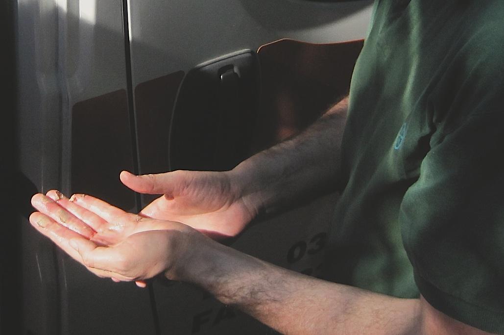le mani ferite di Giorgetti