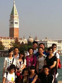 Il gruppo di studenti cinesi in visita a Venezia