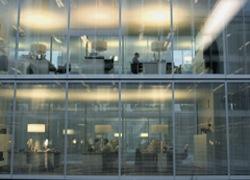novartis annuncia 2000 tagli al personale