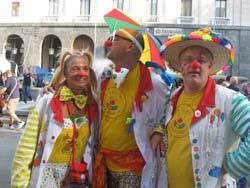 I clown in corsia alla pediatria del Del Ponte