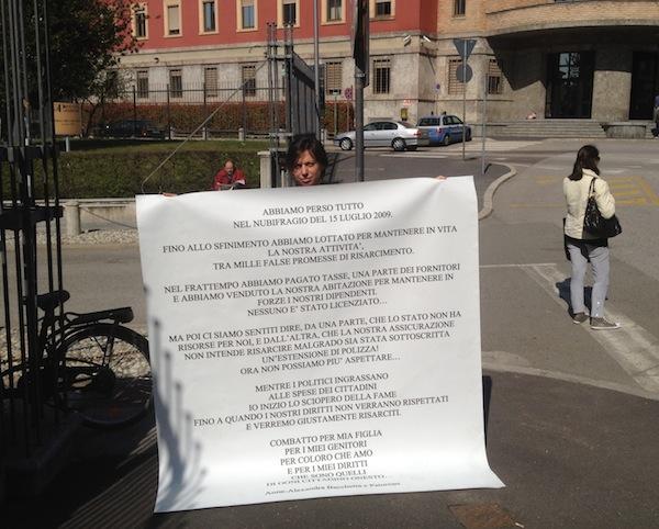 Alexandra Bacchetta, sciopero della fame davanti alla prefettura