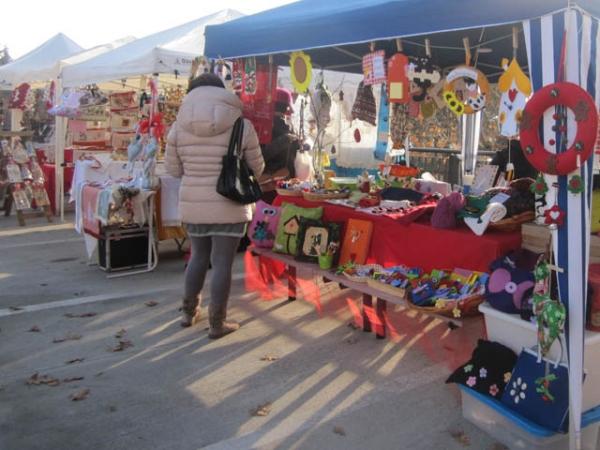 Creativit e passione il popolo dei mercatini di natale - Mercatini varese ...
