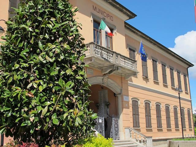 Il municipio di Cantello
