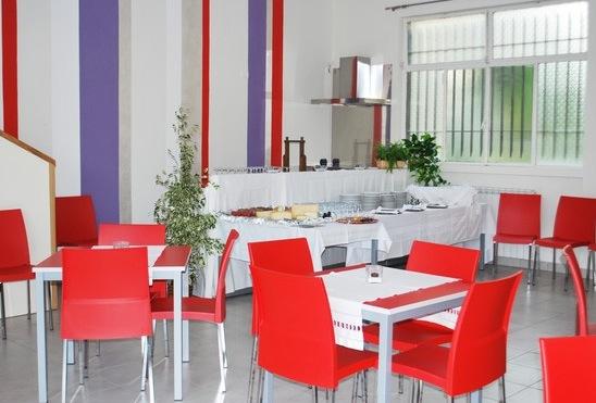 con un aperitivo a inviti inaugura in provincia sabato 14 settembre un nuovo e particolarissimo punto di ristorazione la cucina del sole