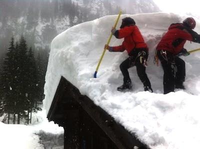 maxi nevicata apertura