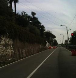 Il muro è fatto: il semaforo ha i giorni contati