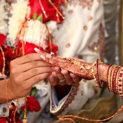 Cittadinanza negata, il Prefetto dice sì a Rani Pushpa