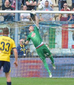 Il Varese a Modena strappa un punto grazie a Perucchini