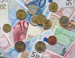 stipendi frontalieri pagati in euro