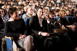 Ivan Basso tra il pubblico dei Pooh a Varese