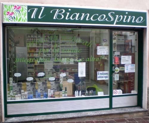 L'Erboristeria Il Biancospino è a Morazzone (Varese)