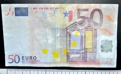 banconota fasulla busto